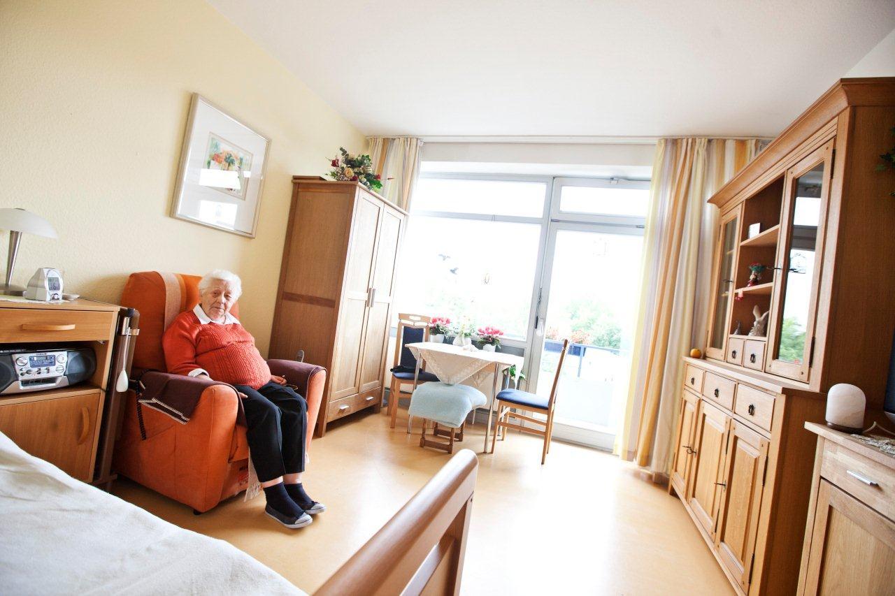 theodor fliedner stiftung altenheim altenwohnheim altenwohnanlage in duisburg nrw. Black Bedroom Furniture Sets. Home Design Ideas
